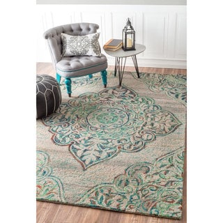 nuLOOM Handmade Country Floral Medallion Wool Green Rug (4' x 6')