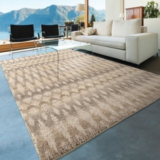 Carolina Weavers Dignified Shag Collection Fused Ikat Ivory Area Rug (5'3 x 7'6)