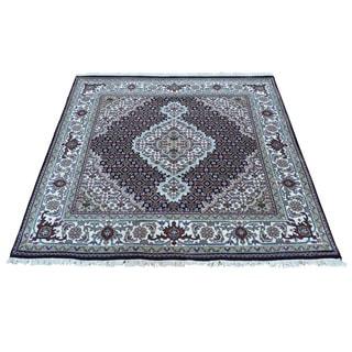 Persian Tabriz Mahi Handmade Wool and Silk Square Rug (4'1 x 4'2)