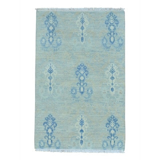 Hand Knotted Washed Out Ikat Pure Wool Oriental Rug (4' x 6'1)