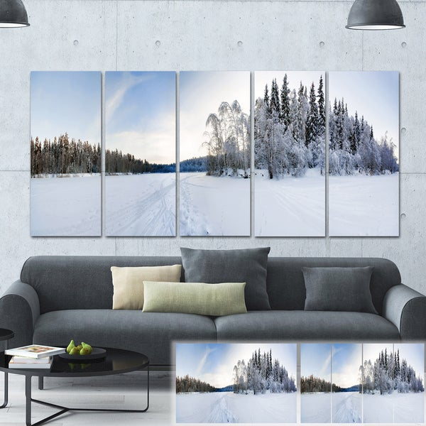 Designart 'Winter Field Landscape' Photo Canvas Art Print