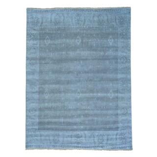 Hand Knotted Pure Wool Tone on Tone Serapi Heriz Rug (9' x 11'10)