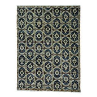 Hand Knotted Ikat 100 Percent Wool Oriental Rug (9' x 12')