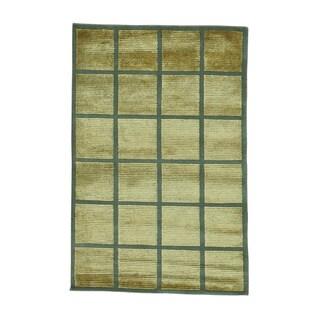 Modern Gold Half Wool Half Silk Nepali Handmade Oriental Rug (4' x 6')