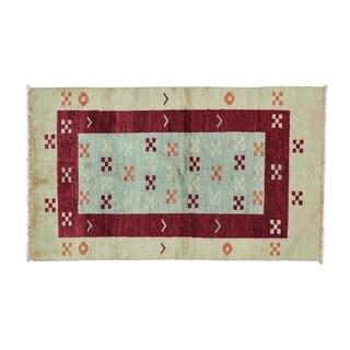 Peshawar Gabbeh Pure Wool Hand Knotted Oriental Rug (3'9 x 6'3)