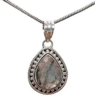 Handcrafted Sterling Silver Teardrop Labradorite Necklace (India) - Brown