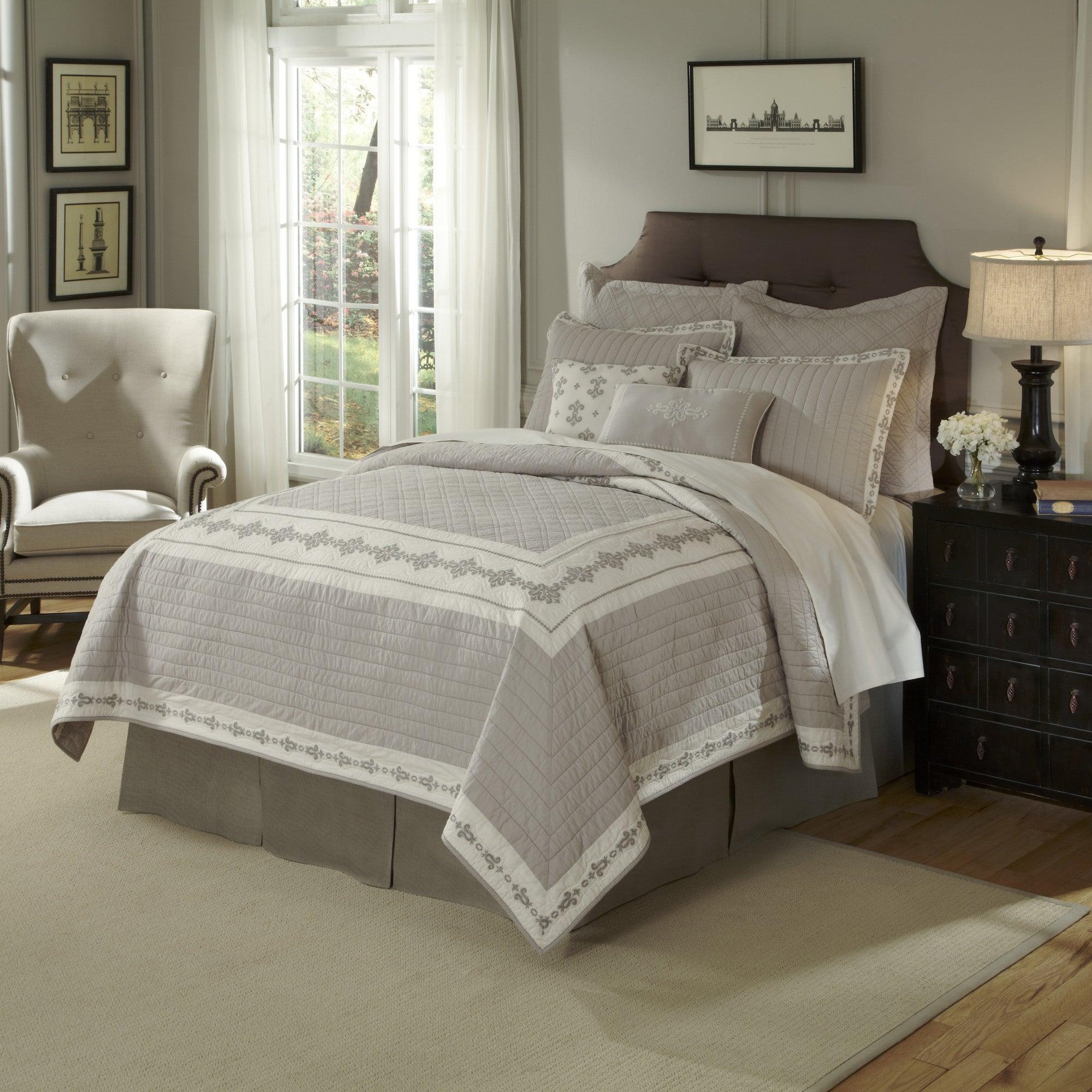 Nostalgia Home Veranda Cotton Quilt (Queen/Full - Queen/F...