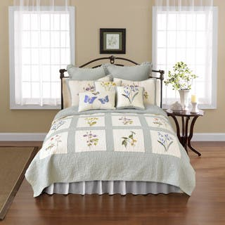 Nostalgia Home Josephine Cotton Quilt|https://ak1.ostkcdn.com/images/products/11702775/P18626523.jpg?impolicy=medium