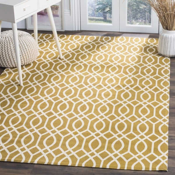 Safavieh Handmade Cedar Brook Citron/ Ivory Cotton Rug - 4' x 6'