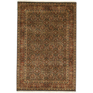Hand-knotted Herati Design Area Rug (4' x 5' 11)