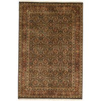 Hand-knotted Herati Design Area Rug - 4' x 5' 11