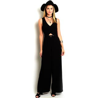 Shop the Trends Women's Sleeveless Woven Jumpsuit|https://ak1.ostkcdn.com/images/products/11707142/P18630135.jpg?impolicy=medium