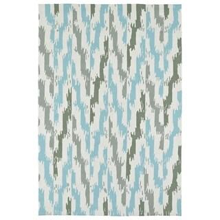 Seaside Ivory and Blue Ikat Indoor/Outdoor Rug - 8' x 10'