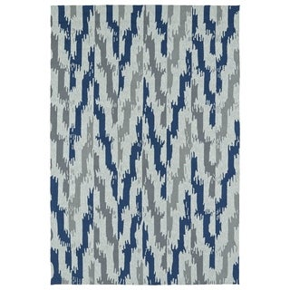 Seaside Blue Ikat Indoor/Outdoor Rug (5'0 x 7'6)