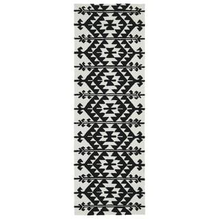 Seaside Black Global Indoor/Outdoor Rug (2'6 x 8'0)