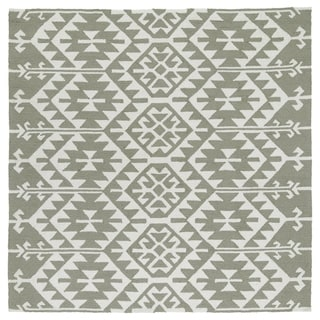 "Seaside Taupe Global Indoor/Outdoor Rug (5'9 x 5'9 Square) - 5'9"" x 5'9"""