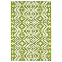 Seaside Lime Green Global Indoor/Outdoor Rug - 8' x 10'