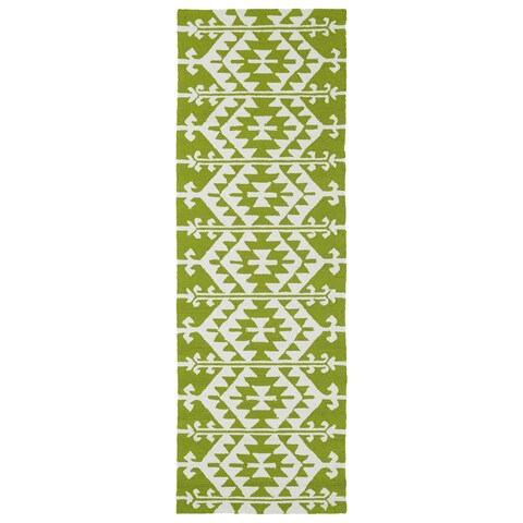 "Seaside Lime Green Global Indoor/Outdoor Rug - 2'6"" x 8'"