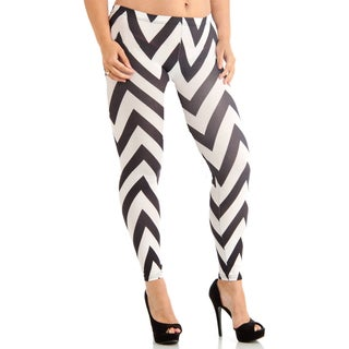Juniors' Ankle Length Chevron Black/White Leggings
