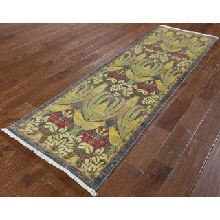 Hand-knotted Morris Oriental Wool Rug (2' 6 x 7' 10)