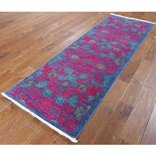 Hand-knotted Oriental Art Deco Blue and Pink Wool Runner (2' 7 x 7' 9)