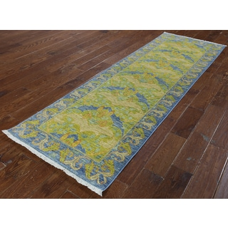 Hand-knotted Art and Crafts Green/ Yellow Wool Runner (