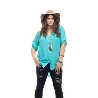 Full Figured Fashionista Women's Plus Size Hi Lo Button Up Top in Teal