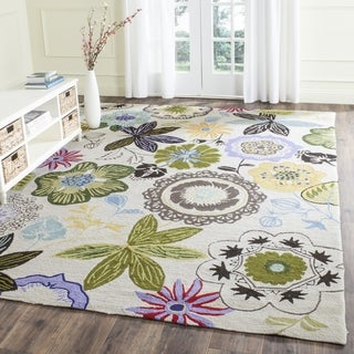 Safavieh Hand-Hooked Four Seasons Ivory / Multicolored Polyester Rug (5' x 7')