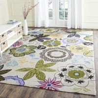 Safavieh Hand-Hooked Four Seasons Ivory / Multicolored Polyester Rug - 5' x 7'