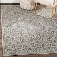 Safavieh Indoor/ Outdoor Amherst Light Grey/ Ivory Rug - 8' x 10'