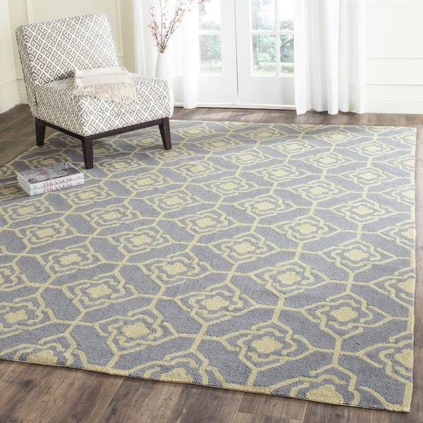 Safavieh Hand-Hooked Four Seasons Grey / Gold Polyester Rug (8' x 10')