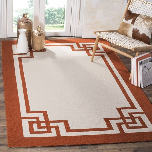Safavieh Hand-Hooked Four Seasons Greek Key Off White/ Sangria Rug (8' x 10')