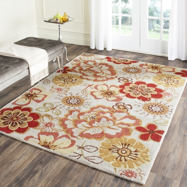 Safavieh Hand-Hooked Four Seasons Ivory / Red Polyester Rug (8' x 10')