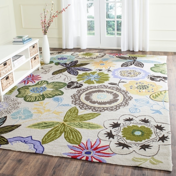 Safavieh Hand-Hooked Four Seasons Ivory / Multicolored Polyester Rug - 8' x 10'