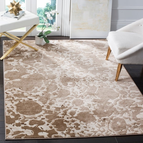 Safavieh Vogue Light Brown Rug - 8' x 10'