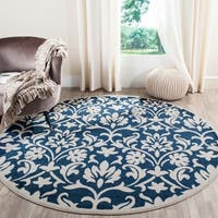 Safavieh Indoor/ Outdoor Amherst Navy/ Ivory Rug - 7' Round