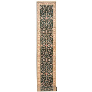Herat Oriental Indo Hand-knotted Kashan Green/ Ivory Wool Runner (2'7 x 15'10)
