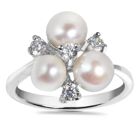 Handmade Captivating White Pearl Cubic Zirconia Sterling Silver Ring (Thailand)