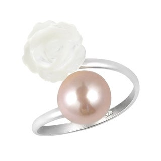 Charming White Rose Wrap Pink Pearl Sterling Silver Ring (Thailand)