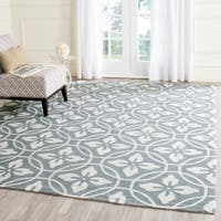 Safavieh Hand-Hooked Four Seasons Gold/ Ivory Polyester Rug - 2' 3 x 8'
