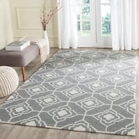 Safavieh Hand-Hooked Four Seasons Grey / Ivory Polyester Rug - 2' 3 x 8'