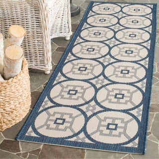 Safavieh Indoor/ Outdoor Courtyard Beige/ Navy Rug (2' 3 x 6' 7)