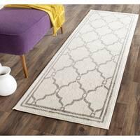 Safavieh Indoor/ Outdoor Amherst Ivory/ Grey Rug (2' 3 x 11')