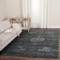 Safavieh Carnegie Vintage Dark Grey/ Cream Distressed Rug - 4' x 6'
