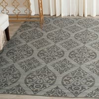 Safavieh Hand-Woven Kilim Grey/ Dark Grey Wool Rug - 4' x 6'