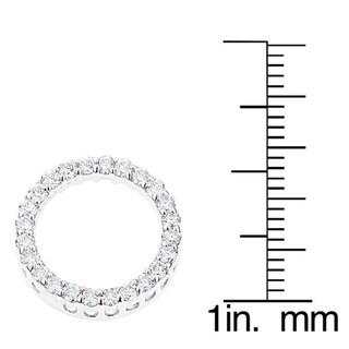 Luxurman 18k Gold 5/8ct TDW Round Diamond Circle of Love Pendant (G-H, SI1-SI2)