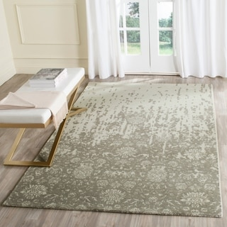 Safavieh Handmade Restoration Vintage Light Sage/ Grey Wool Distressed Rug (4' x 6')