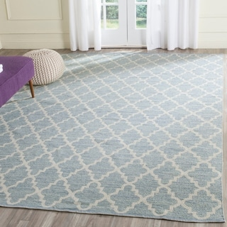 Safavieh Hand-Woven Montauk Light Blue/ Ivory Cotton Rug (6' x 9')