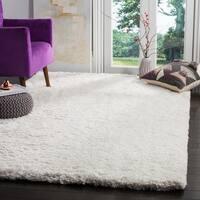 Safavieh Handmade Florence Shag White Polyester Rug - 4' x 6'