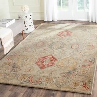 Safavieh Handmade Antiquity Beige/ Multi Wool Rug (5' x 8')